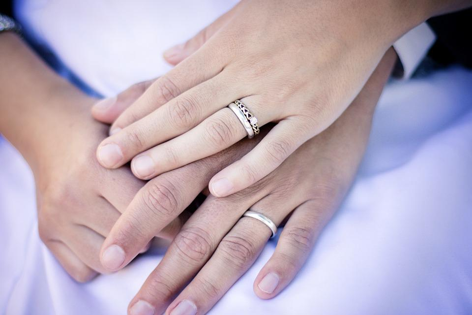 rings hands wedding marriage engagement couple - Wedding Rings On Hands