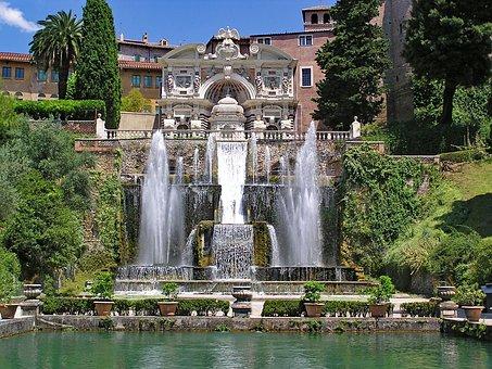 Panorámica fuente en Villa de Este Tivoli, Italia