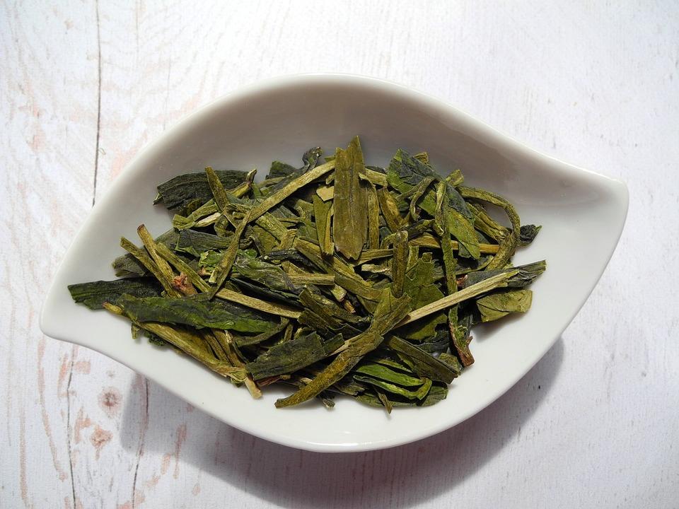 Zielona herbata a działanie tarczycy