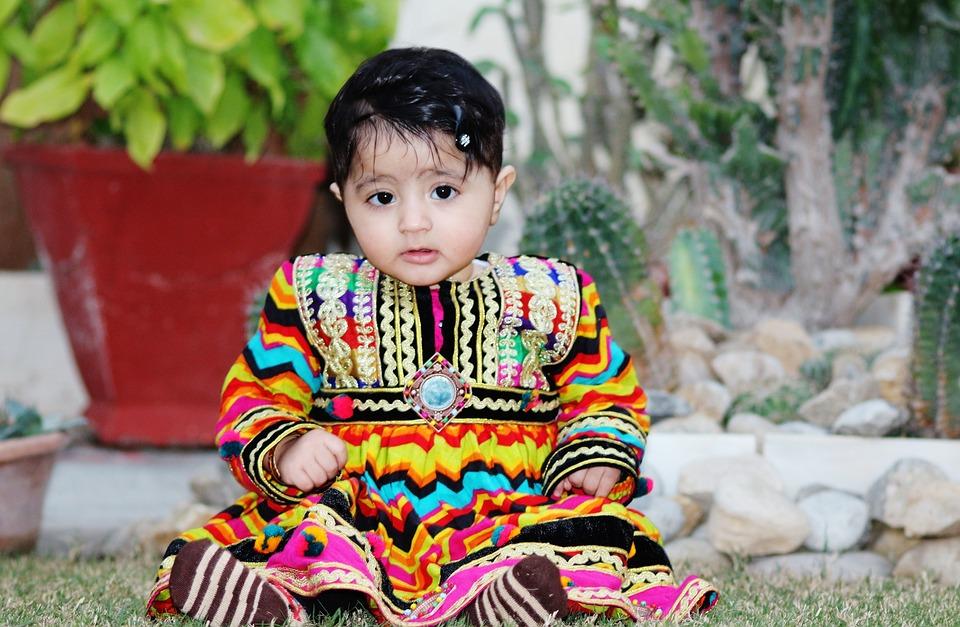 Baby meisje pakistan van de · gratis foto op pixabay