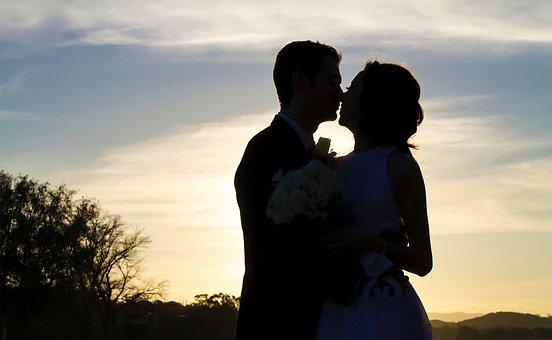 500+ Free Couple Kissing & Couple Images - Pixabay