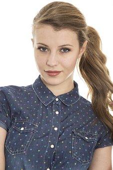 Красивые девушки фото 18 без вирусов