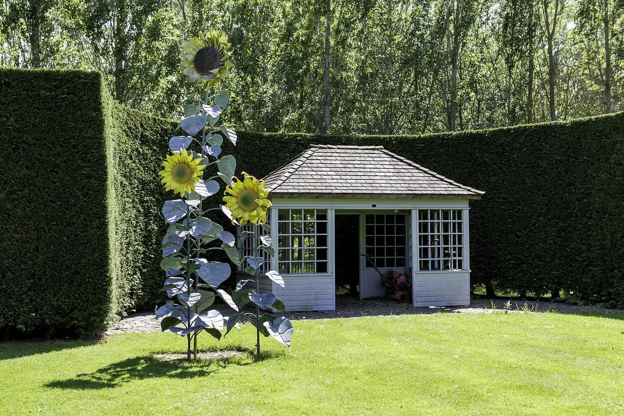 Gerätehaus im Garten