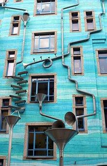Fassade, Regenrinne, Abwassersystem