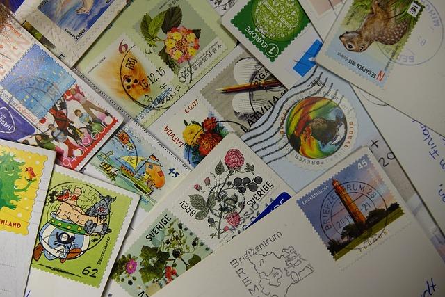 Какие марки клеить на почтовую открытку