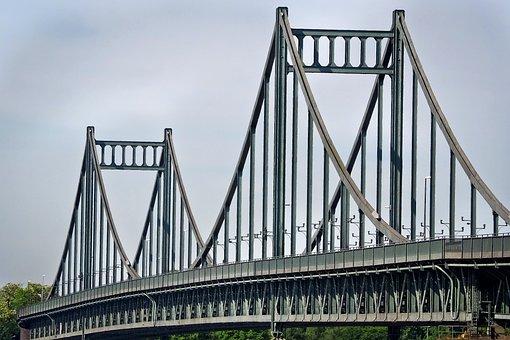 transiciones puentes entre ideas