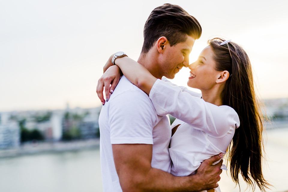 Par, Kærester, Romantisk