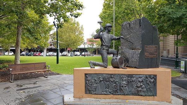 Statue, Gold Digger, Bendigo, Gold