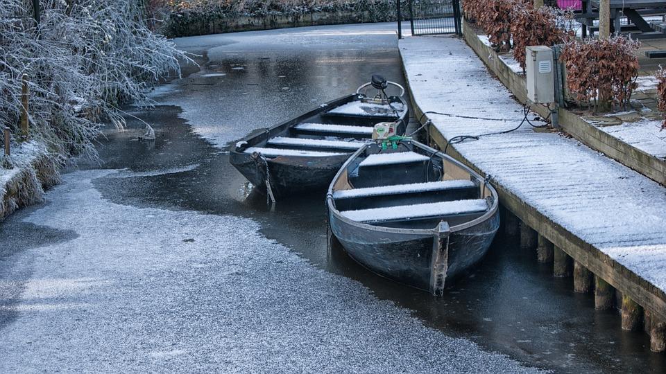 Giethoorn Winter Boat Free Photo On Pixabay