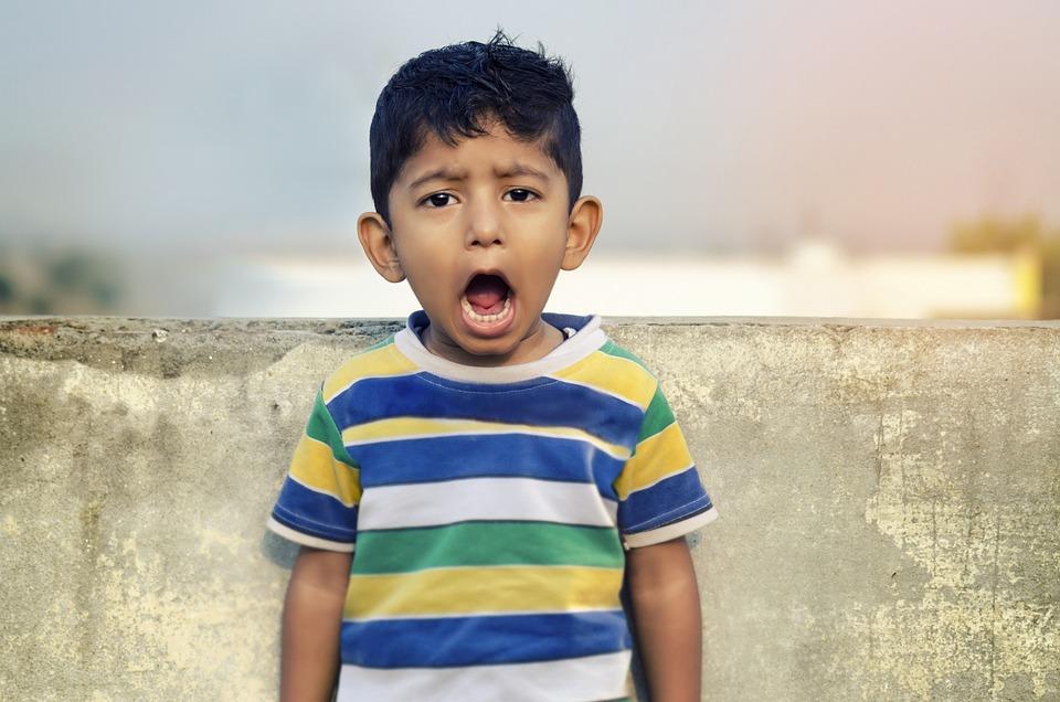 少年, 子, 叫び, 一言コメント, 騒々しい, 口を開けて, インド, アジア, 小さな男の子, かわいい