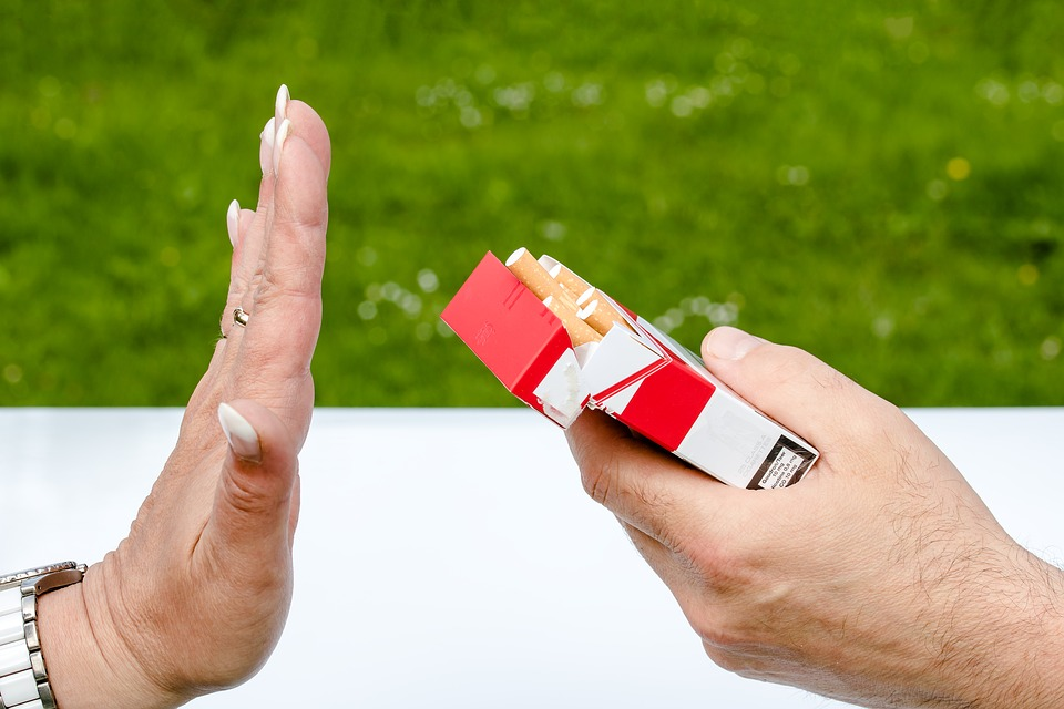 Non Smoking, Cigarette Box, Cigarettes, Hands, Reject