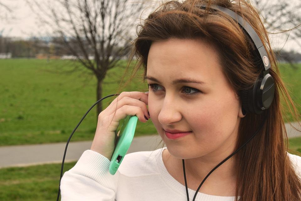 Girl, Headphone, Smartphone, Music, Lifestyle