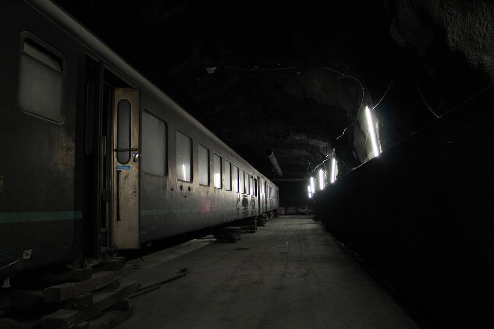 1,000+ Free Tunnel & Light Images - Pixabay