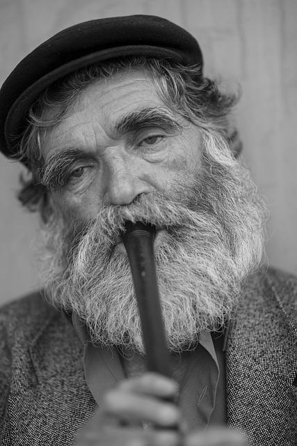 Старая на мужике — img 2