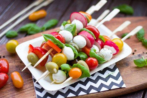 Meludah, Antipasti, Tomat, Zaitun, Basil