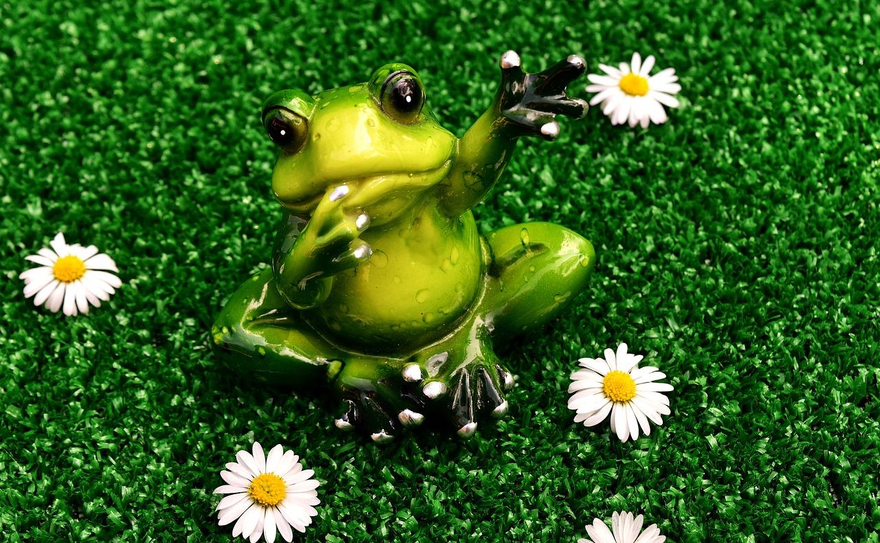 Веселая картинка с солнцем и лягушонком