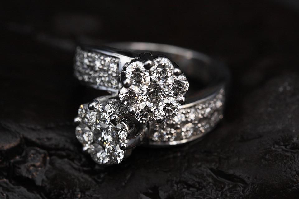 Luxus schmuck   Kostenloses Foto: Ring, Schmuck, Luxus, Reichen - Kostenloses Bild ...