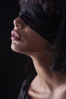 Čierne krásne nahé ženy