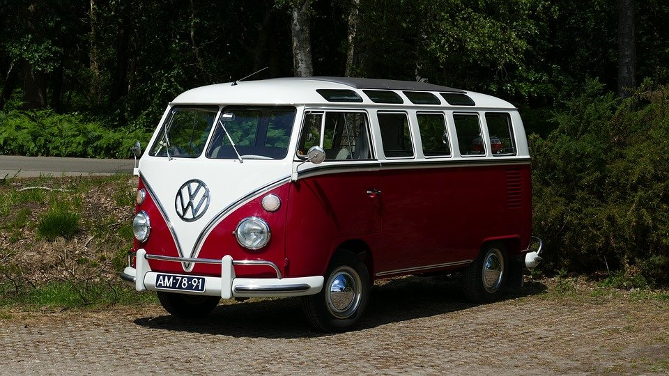 vw bus hippie images galleries with a bite. Black Bedroom Furniture Sets. Home Design Ideas