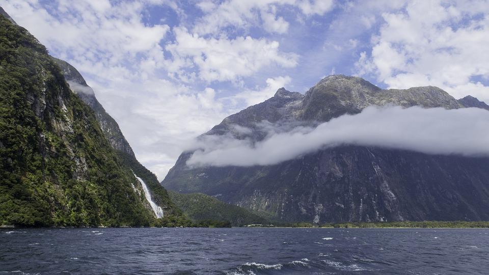 Милфорд Саунд, Южный Остров, Новая Зеландия, Воды