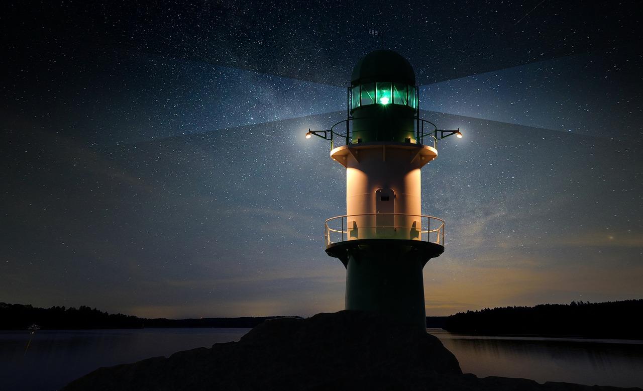 было очень картинки ночного маяка если