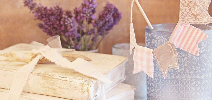 Bücher, Shabby Chic, Lavendel, Fähnchen