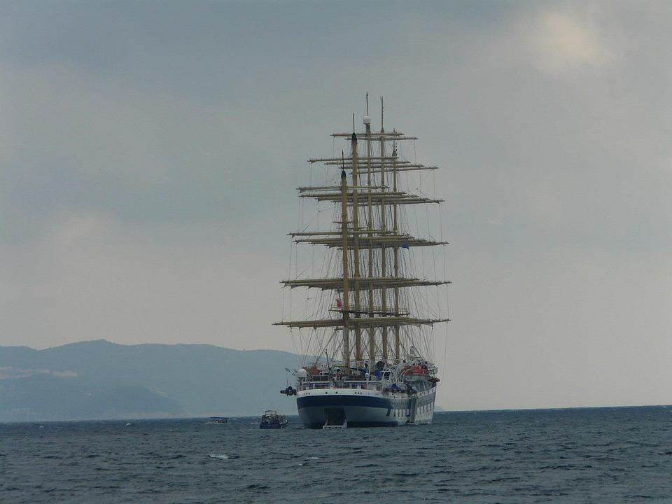 Segelschiffe auf dem meer  Kostenloses Foto: Segelschiff, Meer, Schiff, Wasser - Kostenloses ...