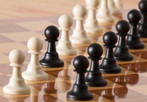 Pedone, Pezzi Degli Scacchi, Strategia