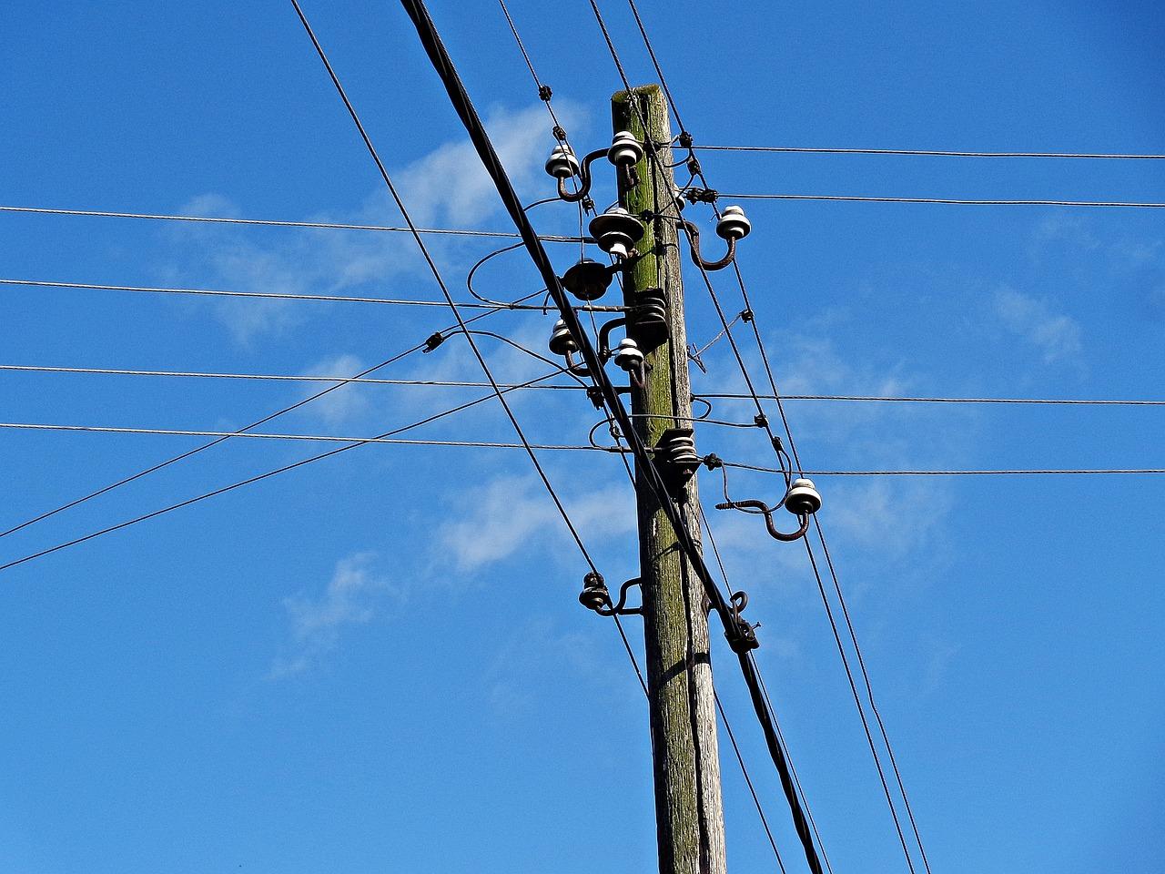 Электричество по проводам картинки