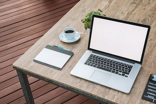 4 Hal Penting yang Perlu Anda Ketahui Tentang Online dengan Bisnis Informasi