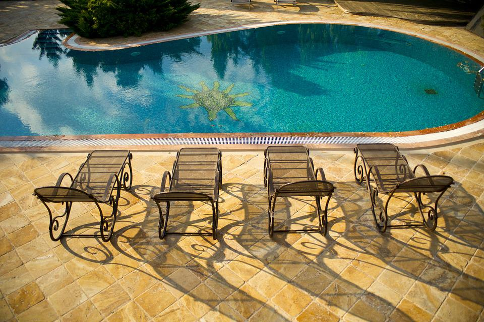Villa ayundra de villa tuin zwembad
