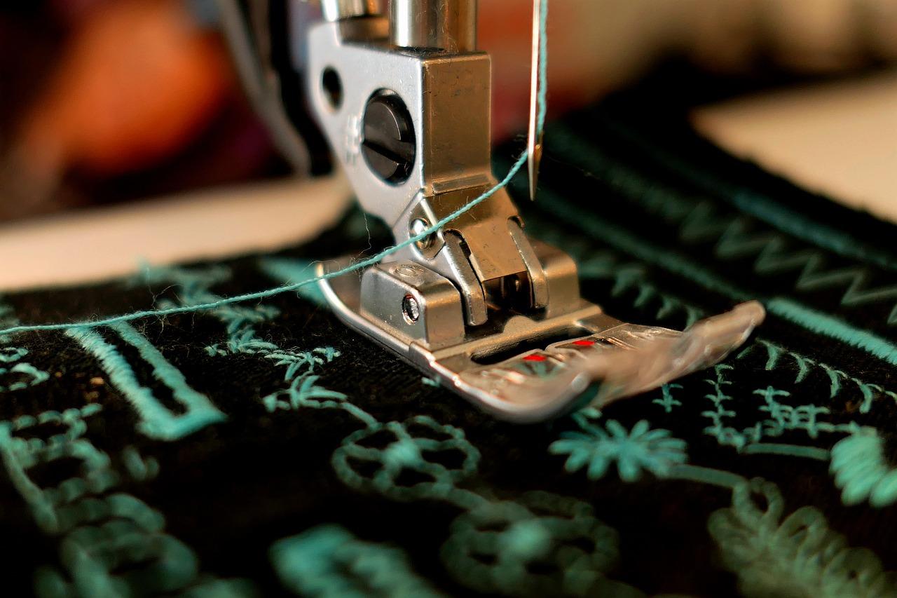 【徹底解説】ミシンの縫い方を解説!縫い目の種類やおすすめミシンも紹介のサムネイル画像