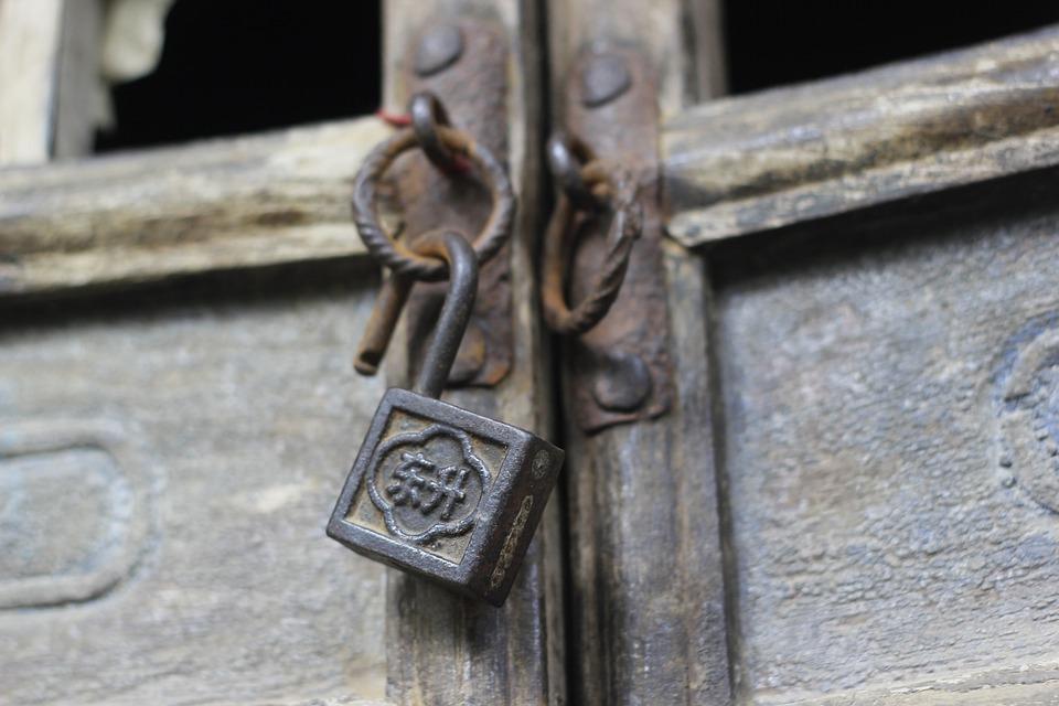 lock door old locks free photo on pixabay