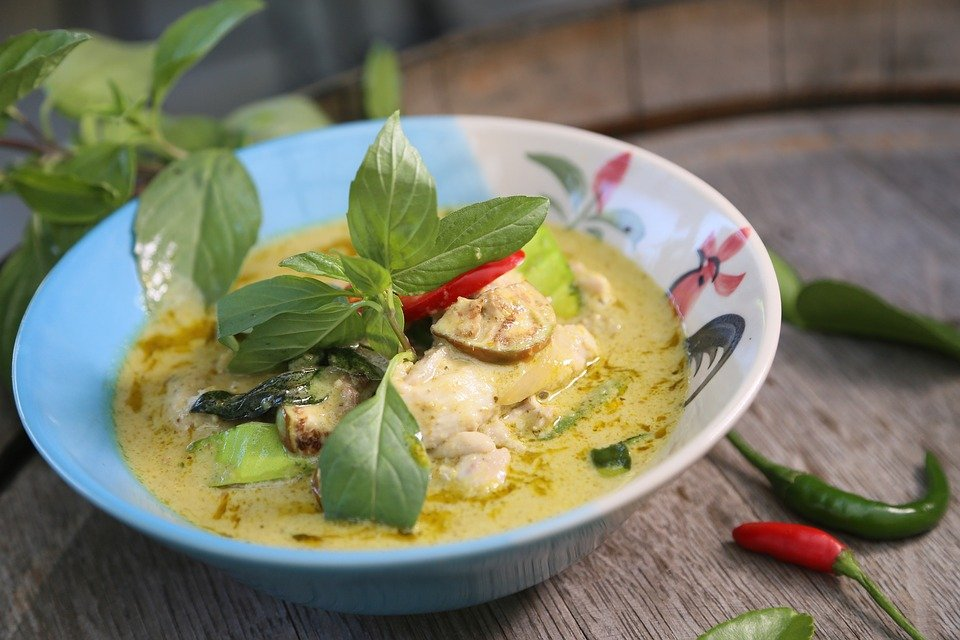 Who here is guilty of always ordering Thai Green Curry at a Thai restaurant? Source: Pixabay
