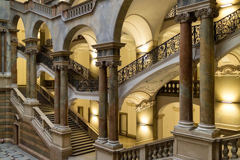 Pałac Sprawiedliwości, Monachium, Bavaria, Schody