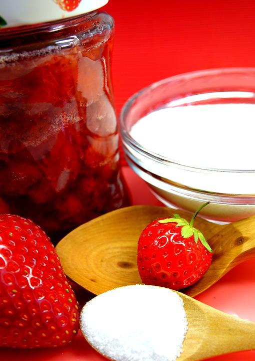 Canning whole strawberries