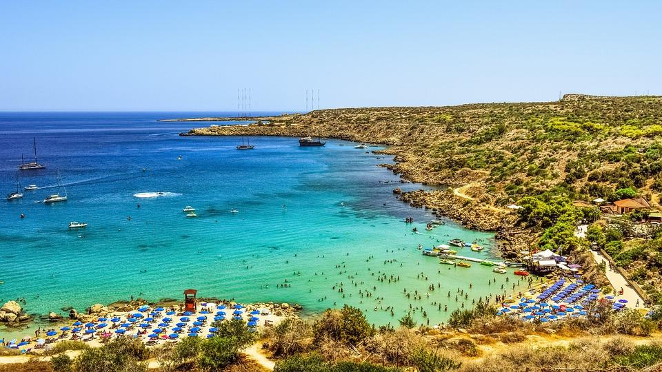 cyprus 2465298 960 720 - Destinasi Wisata dengan Pemandangan Laut Cyprus, Wajib Kunjungi!