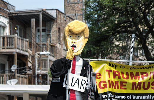 Donald Trump, Liar, Protest, President
