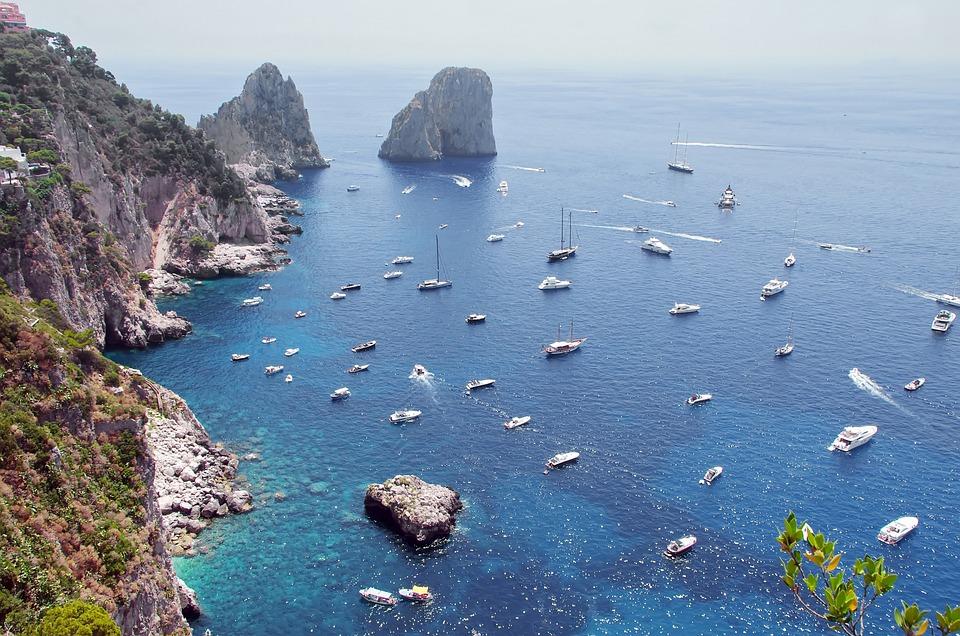 السياحة في جزيرة كابري، إيطاليا