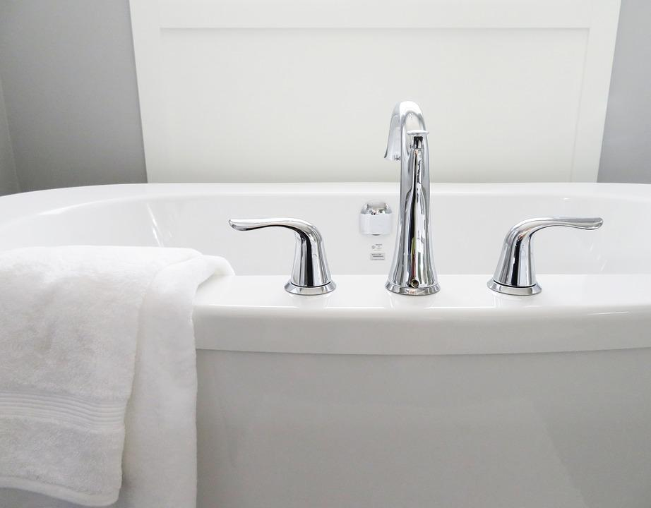 バスタブ, 浴槽, バスルーム, お風呂, ホワイト, 近代的な, 衛生, タオル, 蛇口, 水, サニタリー