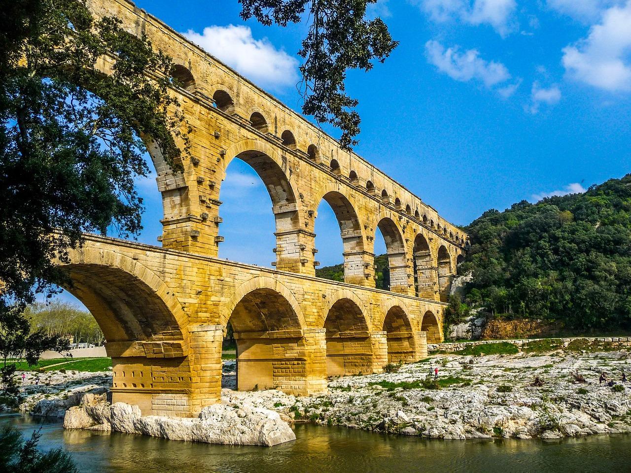 Que visiter autour de Nîmes?