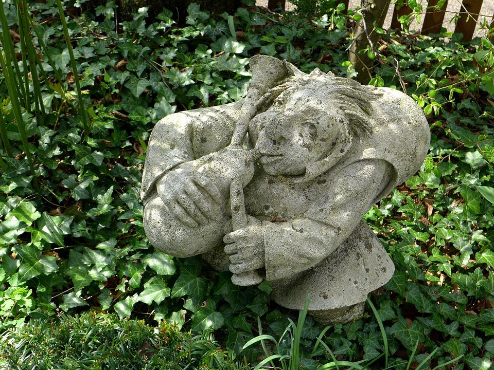 Garden Figurines Decoration Rock Carving Gnome