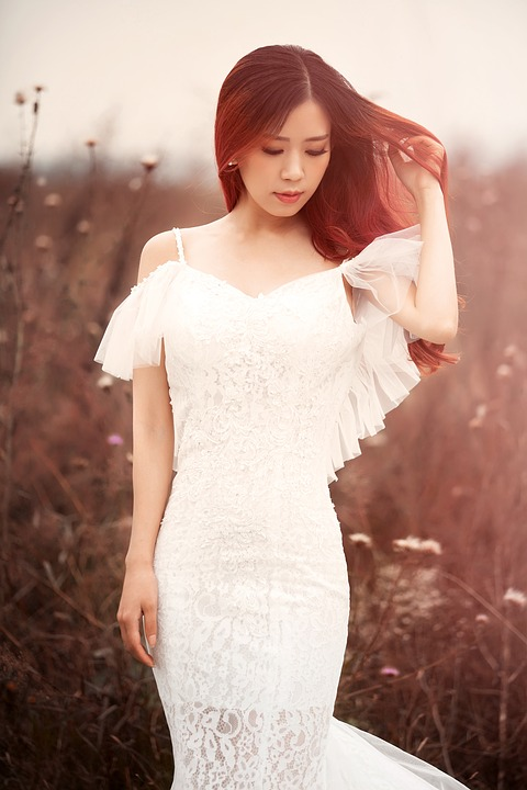 Wedding dress free pictures on pixabay white wedding dress autumn the wild junglespirit Image collections
