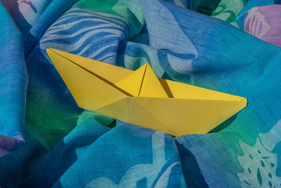 Pareo Origami Boat Paper