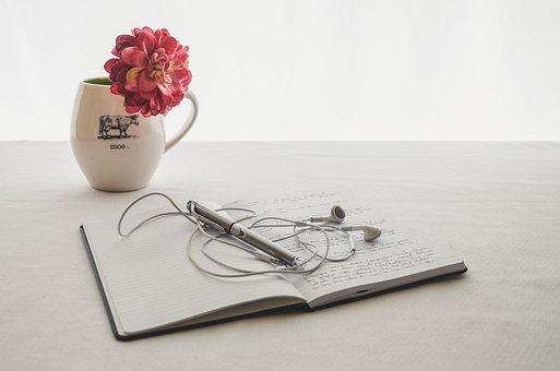 Weiß, Ohrhörer, Zeitschrift, Schreiben