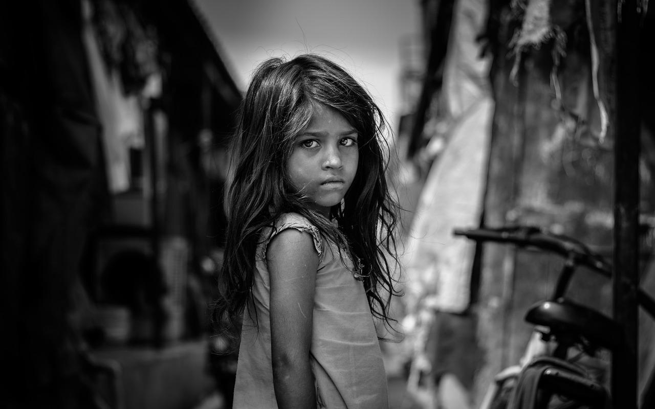 Poverty overall decreases in Pakistan