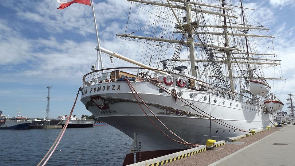 Żaglowiec, Dar Pomorza, Historia, Gdynia, Nabrzeże