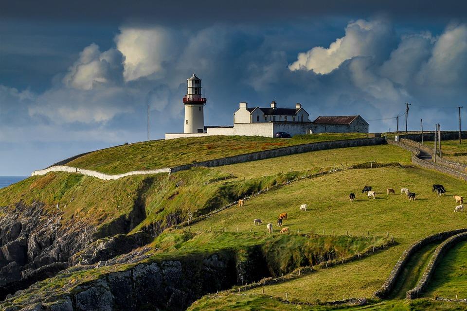 Irland, Hügel, Leuchtturm, Küste