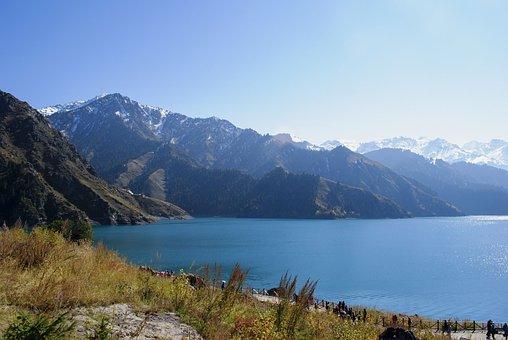中国, 新疆ウイグル自治区で, 天池