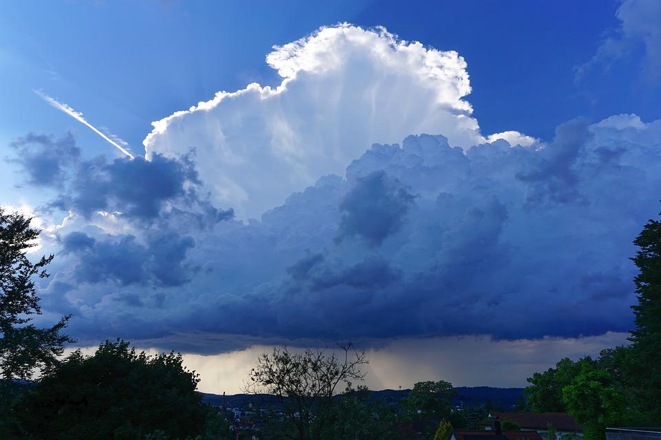 фото гроза в небеса жидком водном растворе